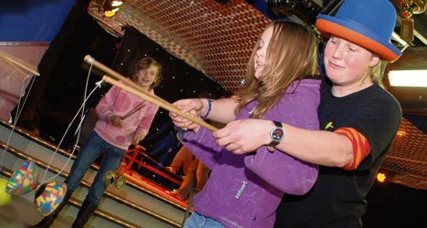Workshop diabolo door Circus Kiko - circus workshops