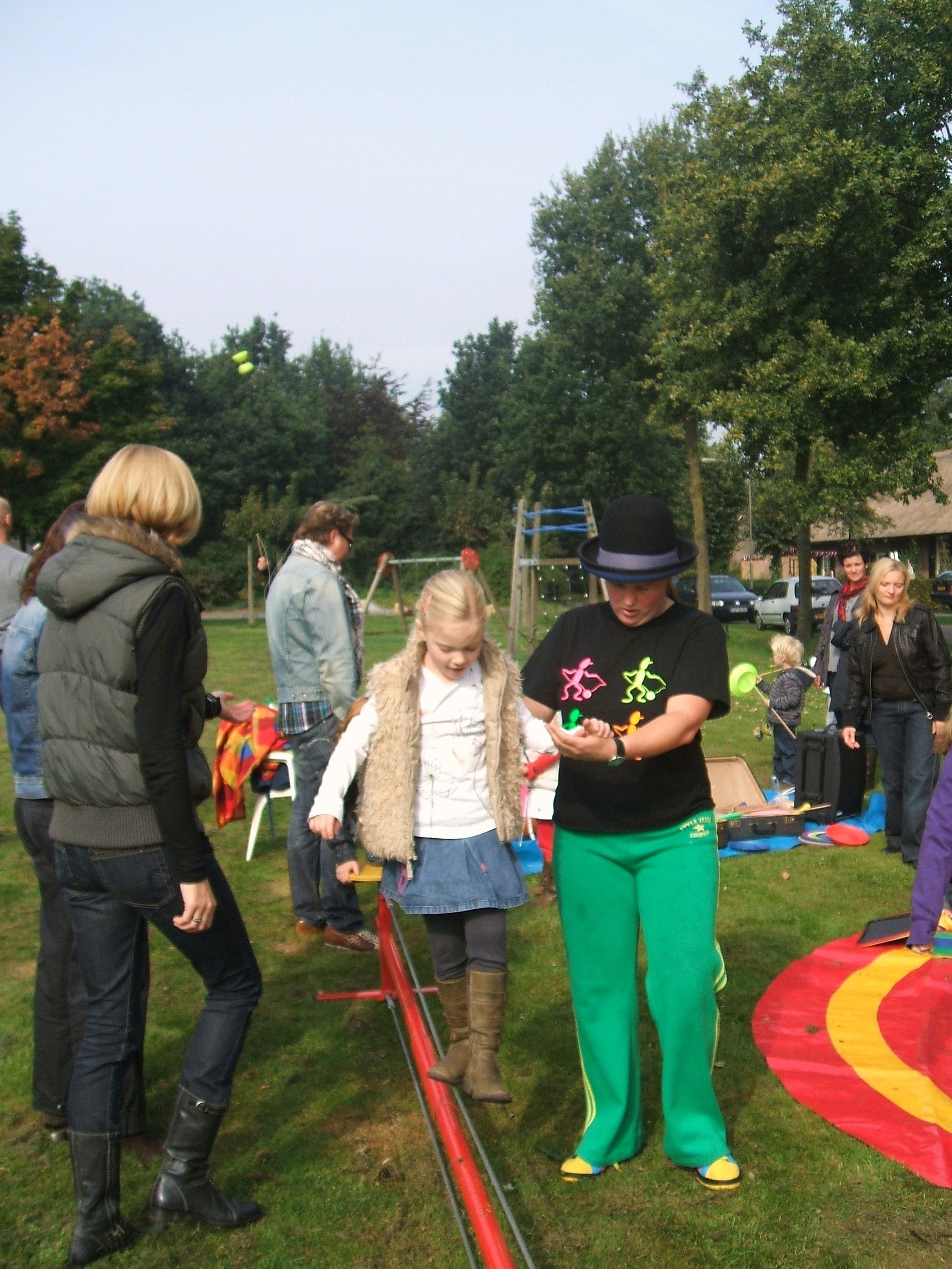 Open Piste (inloop) Workshops door Circus Kiko in Overlangel