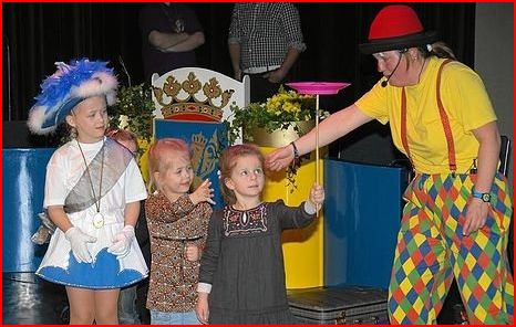 Clown Kiko carnaval voorstelling in Doetinchem